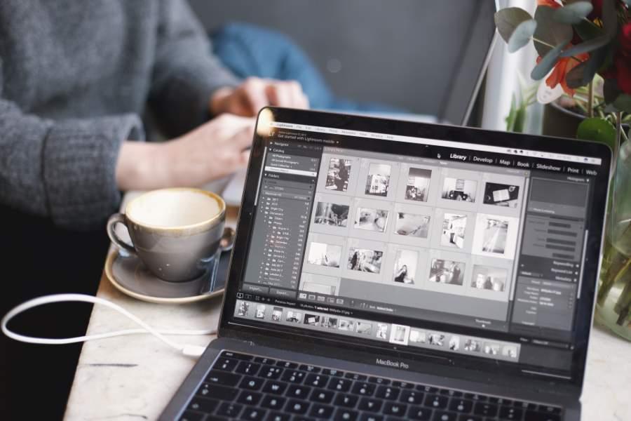Laptop with Lightroom program opened